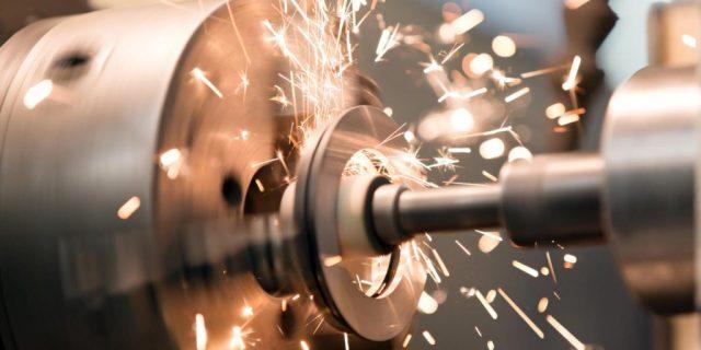 Токарная и фрезерная обработка металла